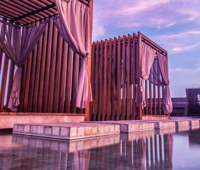 watermark hotel bali roof top pool