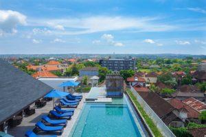 watremark hotel roof top pool