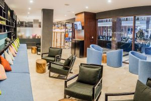 watermark hotel Departure Lounge